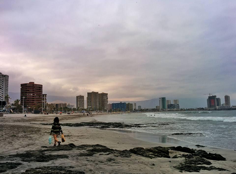 Indo enxer a cara na Playa Cavancha