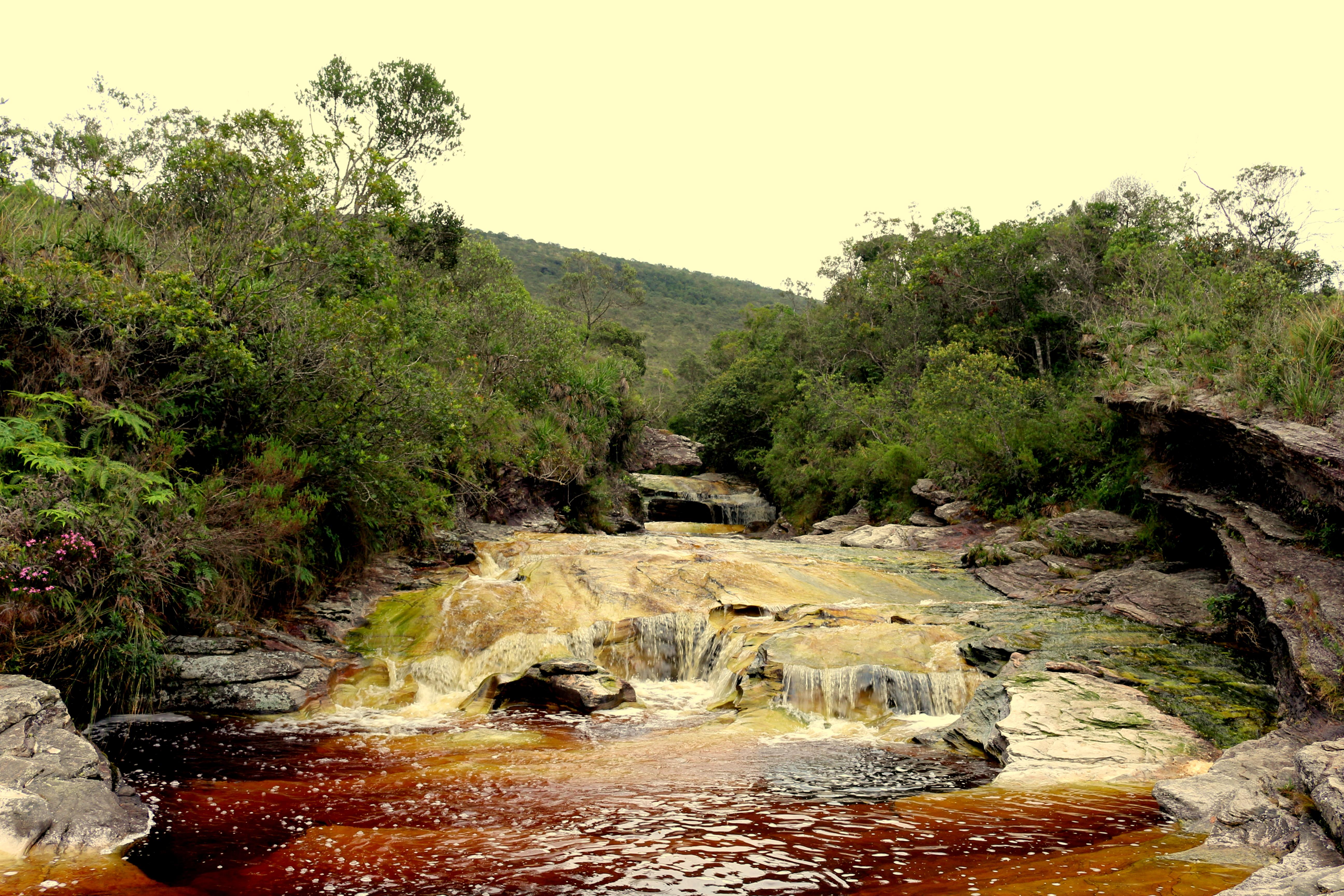 Priaia das Elfas - Cores surreais no Parque Estadual de Ibitipoca