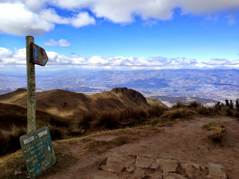 Vista para Quito, depois de 3km de subida