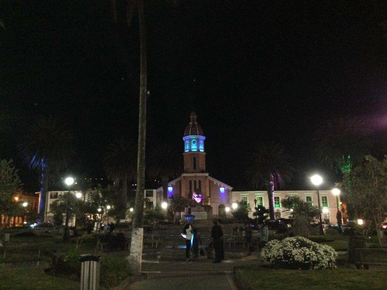 Otavalo de noite