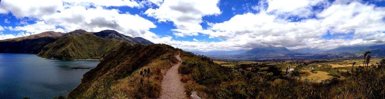 Caminhando pela cratera do vulcão